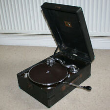 HMV HIS MASTERS VOICE PORTABLE WIND UP 78 RPM GRAMOPHONE RECORD PLAYER