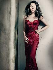 Emilia Clarke 8x10 Sexy Photo #081