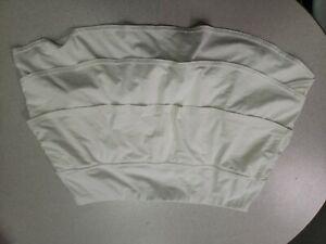 EUC!! ATHLETA Women's White Skort/Skirt Layered Tiered Ruffle Tennis - Medium