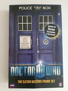 Doctor Who Play Set in Tardis Box - The Eleven Doctors Figure Set New!