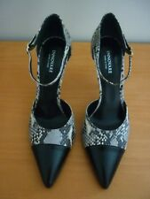WOMENS INNOVARE MADE IN ITALY SNAKE PRINT HEEL SHOES W/BLACKPATENT CAP TOE SZ 39