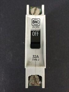 MK LN5932 32A Type 2 MCB