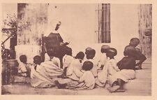* ZANZIBAR - Missions Pères du Saint Esprit - La Soeur et le catechisme