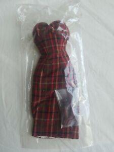 Dressmaker Details - Plaid Sheath dress & shoes NRFP