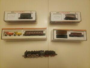 5 Pc Arnold Train Lot(1 Locomotive, 3 Wagons, 1 Passenger Car)