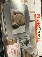 NEW PHOTO SHARE 7 DIGITAL PHOTO FRAME WITH REMOTE CONTROL