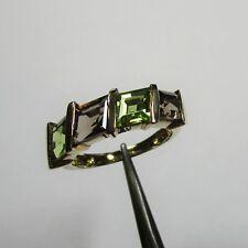 136 - Stilvoller Ring aus Gelbgold 375 mit Peridot und Rauchquarz - 2785