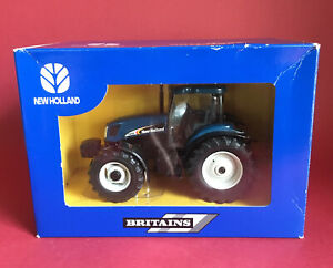 2003 Britains Dealer Issue New Holland TS135A Tractor No40785 MIB