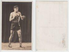 Schwaz Tirolo giovane BOXER Sporty BOY wrestler volte Half nude RPPC c.1925 GAY INT