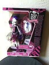2011 MONSTER HIGH Spectra Vondergeist Pet RHUEN Ghost 1st Wave Original Edition