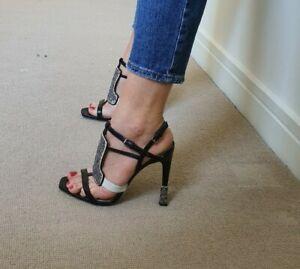 Calvin Klein Zapatos de Tacón Alto 37 Cuero Negro Plata Open Toe Tiras