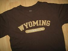 Wyoming Cowboys Tee - Laramie University Embroidered Applique School T Shirt Med
