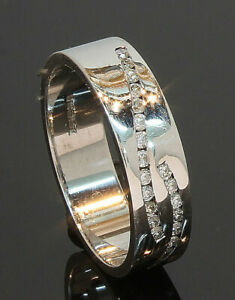 9 Carat White Gold Flat Diamond Set Wedding Ring 0.26ct 5mm Size O (03.08.125)