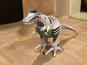 WowWee Roboraptor Dinosaur Walking Robot Works No Remote