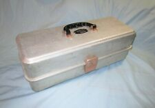 Umco Model 173As 3 tray fold out aluminum tackle box & other fishing tackle +