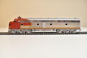 Oriental Limited Samhongsa Brass EMD E8 A-B Santa Fe Passenger Locomotives