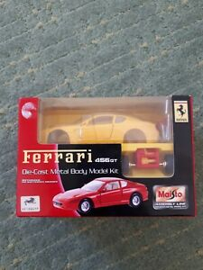 Maisto 29000 Ferrari 456GT 2003 1:24 Die-Cast Metal Body Model Car Kit BNIB