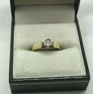 1970's Vintage 9ct Gold Diamond Solitaire Ring