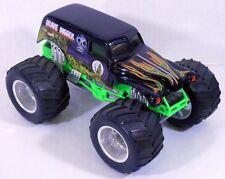 Hot Wheels Grave Digger Monster Jam Truck Large 1:24 Scale w/Rare CHROME SHocks