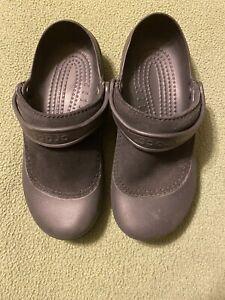 Womens Black Crocs Comfort Shoe Size 9 Slip On