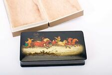 RUSSIAN-LACQUER-HAND PAINTED-BOX-Fedoskino Signed, village Pavlov 1972