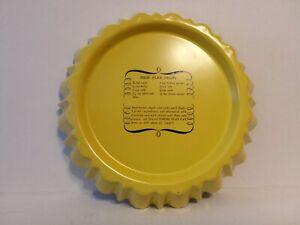 Vintage Nordicware Bundt Flan Pan Non Stick 4 Cup Harvest Yellow w/ Recipe - A5