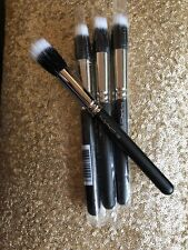 MAC 188 Small Duo Fibre Face Brush. NEW!! 100% AUTHENTIC
