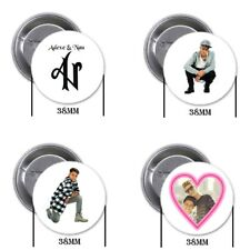 Adexe y Nau  - 4 chapas, pin, badge, button, new, B