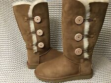 UGG BAILEY BUTTON TRIPLET TRIPLE II CHESTNUT SUEDE TALL BOOTS SIZE US 8 WOMENS