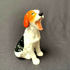 Vintage Royal Doulton Yawning Beagle Dog Figurine Hn 1099 Made in England