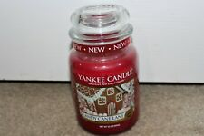 Brand New Yankee Candle 22 oz Christmas Candy Cane Lane Festive Peppermint Red