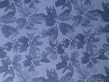 "Sweatstoff ""Blüten"" jeansblau, Baumw. m. Elasthan, 48 x 160 cm, € 9,50/qm"