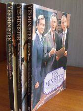 Lot de 3 livres en anglais: YES, MINISTER (British humour)