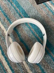 Beats Solo 3 Wireless Headphones White