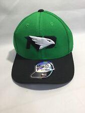 NORTH DAKOTA FIGHTING HAWKS AUDIBLE NEW LOGO FLEX FIT FITTED HAT//CAP XL NEW