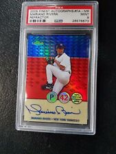 2005 TOPPS FINEST MARIANO RIVERA SIGNED ON CARD AUTO AUTOGRAPH REFRACTOR & PSA 9
