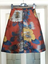 TOPSHOP FLORAL SKIRT SIZE 8 BNWT