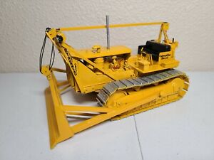 Cat D8 Dozer with LeTourneau Cable Blade and Winch - Sherwood Models 1:25 Scale
