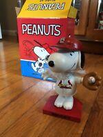 Snoopy (Peanuts) bobblehead nodder Cardinals St Louis Cardinals 2018