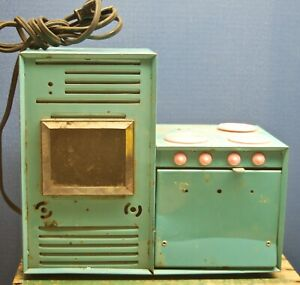 Vintage Electric Toy Stove Oven Range Metal Teal Green Pink. For parts or repair