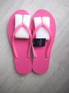 BNWT Hollister UK 5 6 Flip Flops Sandals Pink Foam