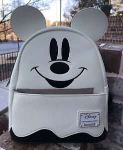 WOW! NEW WITH TAGS Loungefly Disney Glow In Dark Mickey Mouse Mini Backpack!
