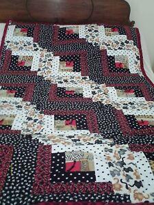 """39"""" x 66"""" Medium - Black/White/Red - Quilt/Throw (Cotton/Flannel) - New"""