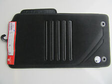 VF BLACK FLOOR MATS 4 PIECE GENUINE HOLDEN VF WN COMMODORE SEDAN WAGON GENUINE