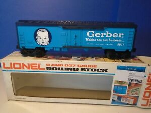 LIONEL 9877 GERBER FOODS REEFER CAR.. NEW IN THE BOX