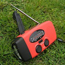 LED Flashlight AM/FM Weather Radio Charger Emergency Solar Wind Up Hand Crank*1