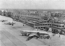 B57748 Aeroport de Paris Le Bourget Super D C 6 de I U A T a l`arrive   aeroport