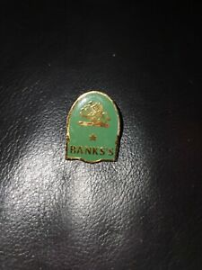 Banks Beer Pin Badge 1990s Green shield