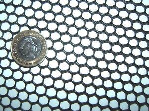 BLACK 1m x 60cm SEMI-RIGID HDPE 7mm STRONG PLASTIC MESH SCREEN FISH GUTTER GUARD
