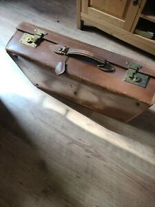 Vintage Large/Heavy 'Finnigans' Brown Leather Suitcase, Green Interior  With Key